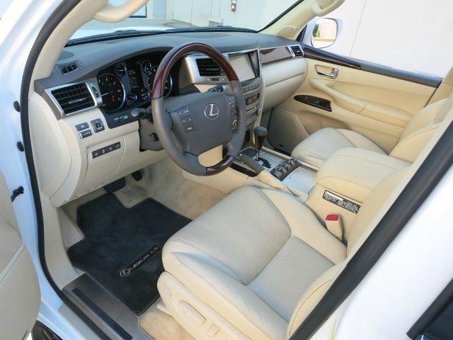 لكزس lx 570 نظيفة للسيارات المستعملة