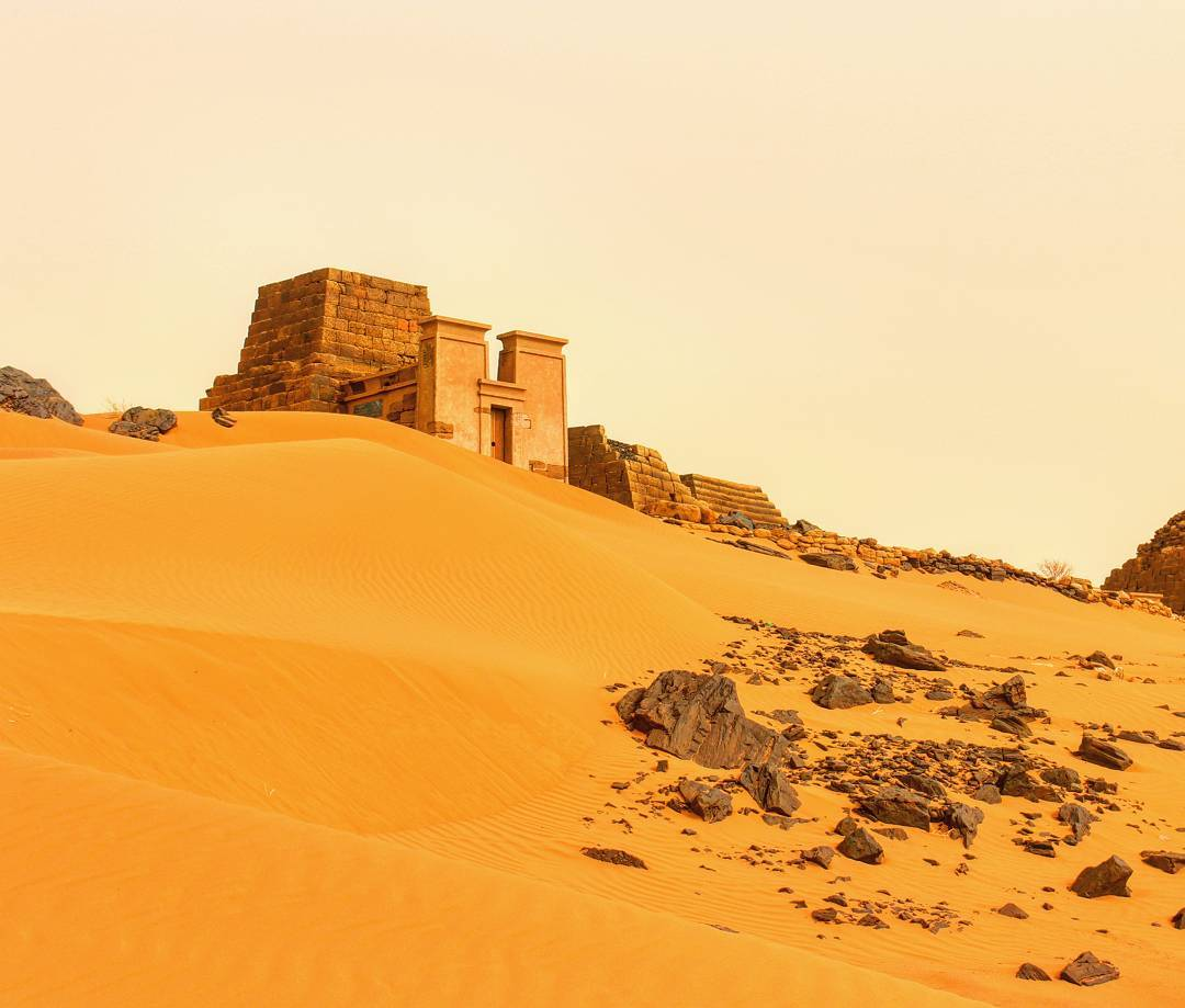 سافر من (جدة _ الرياض _ الدمام) الى الخرطوم